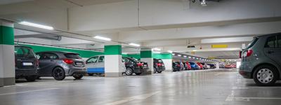 Parkhausmanagement und Reinigung