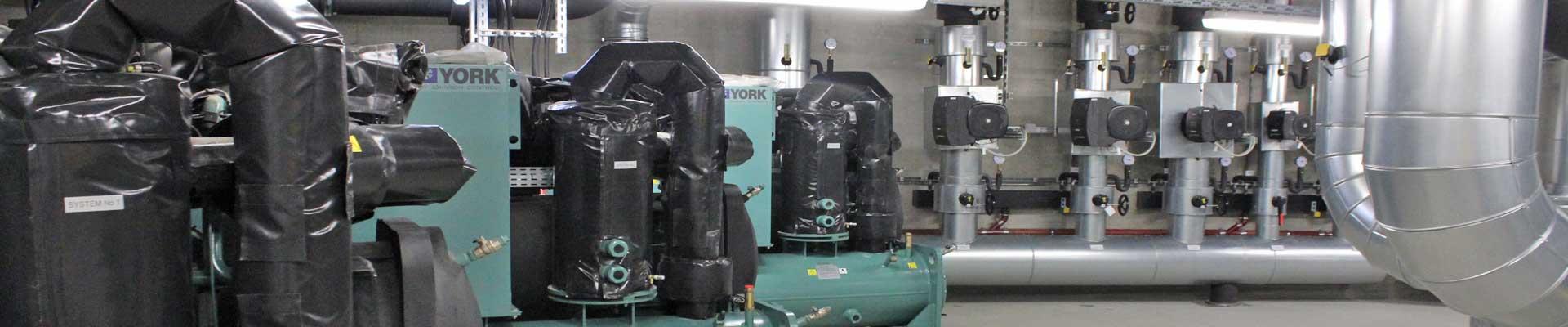 Wartung einer Heizung- und Belüftungsanlage, Facility Management